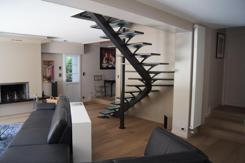 escalier design angers. Black Bedroom Furniture Sets. Home Design Ideas