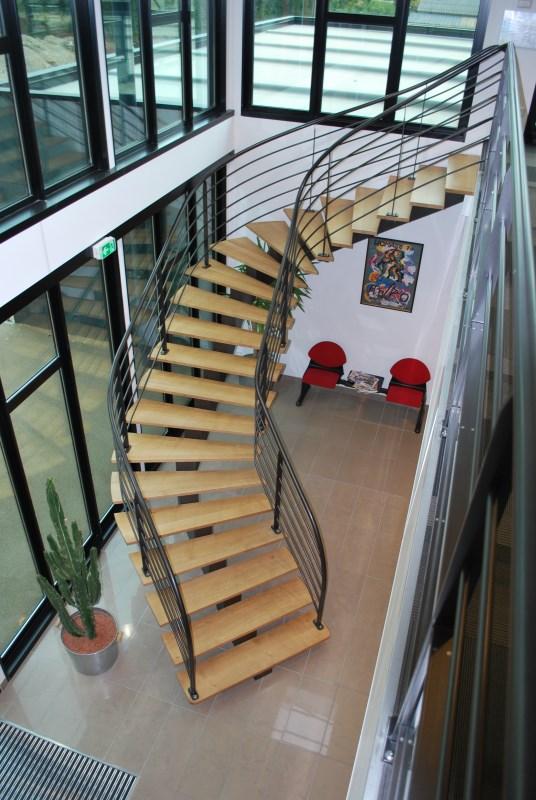 escaliers et passerelles m tallerie ferronnerie angers 49 ferronnerie serrurerie m tallerie. Black Bedroom Furniture Sets. Home Design Ideas