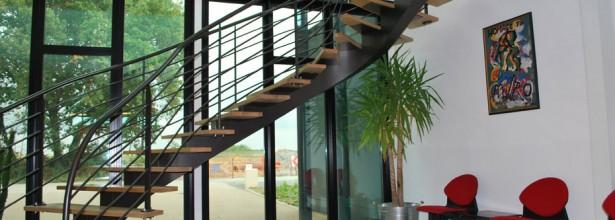Création et pose escalier et passerelle - Atelier Couliou Angers